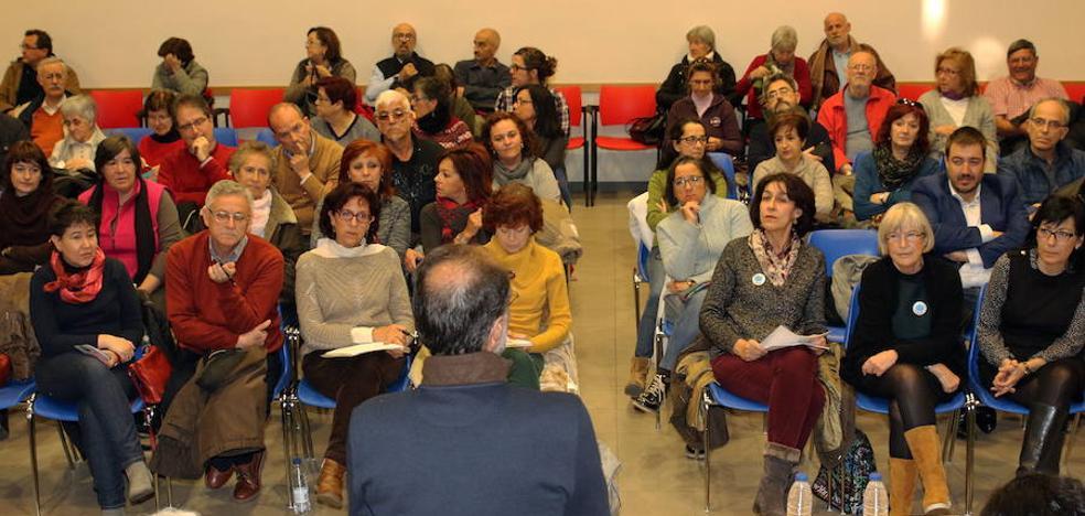 La manifestación por el centro de salud de Nueva Segovia recoge apoyos