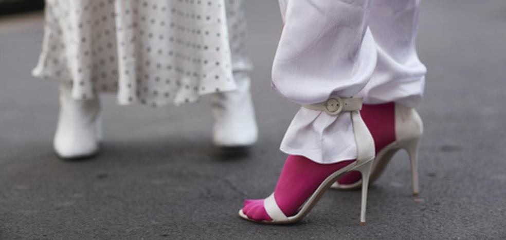 Tacones con calcetines, ¿horterada o tendencia?