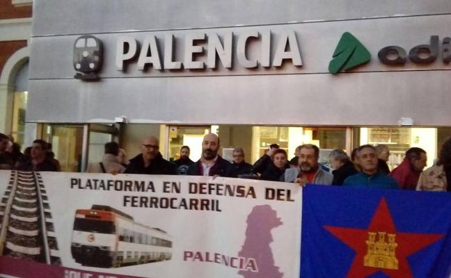 La plataforma del ferrocarril reclama que se retome el cercanías entre Palencia y Medina