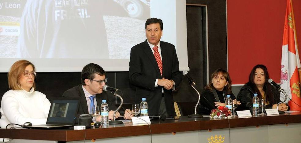 La Junta impulsará un plan para prevenir riesgos laborales en sector agrario