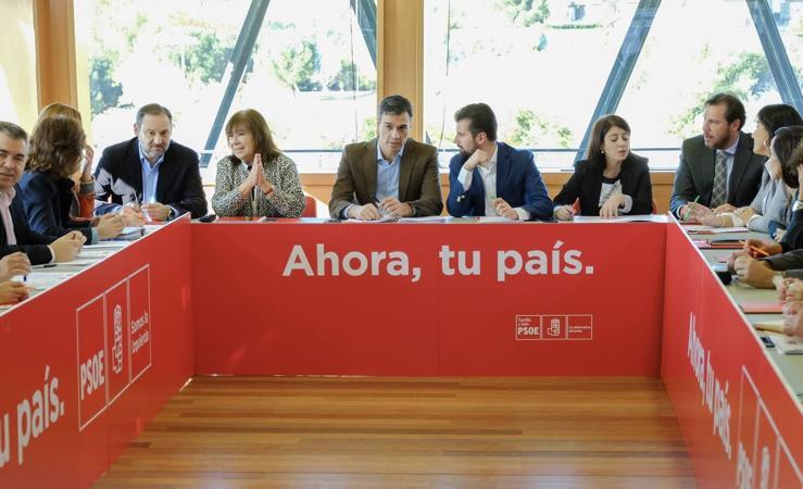 Reunión en Valladolid de la Permanente del PSOE con la Comisión Ejecutiva de Castilla y León