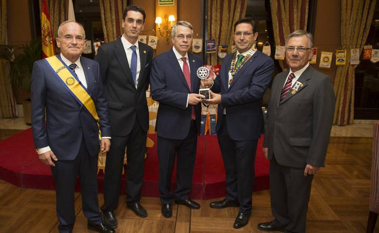 Jesús Urrea, premio Servir 2017 del Rotay Club