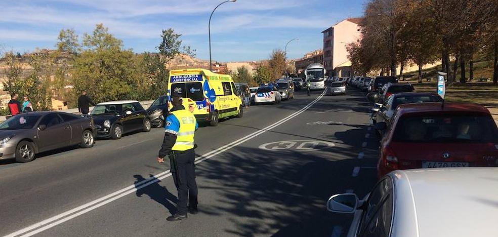 Herido al caerse de la moto en la céntrica Vía Roma