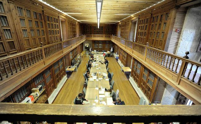 700 investigadores rastrean cada año entre los 75.000 legajos del Archivo de Simancas
