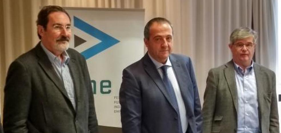 Fine acusa a la banca de «romper» a sus trabajadores con la «falsa excusa» de la digitalización