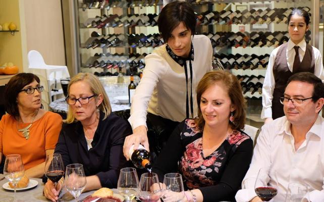 La ineludible feminización del vino