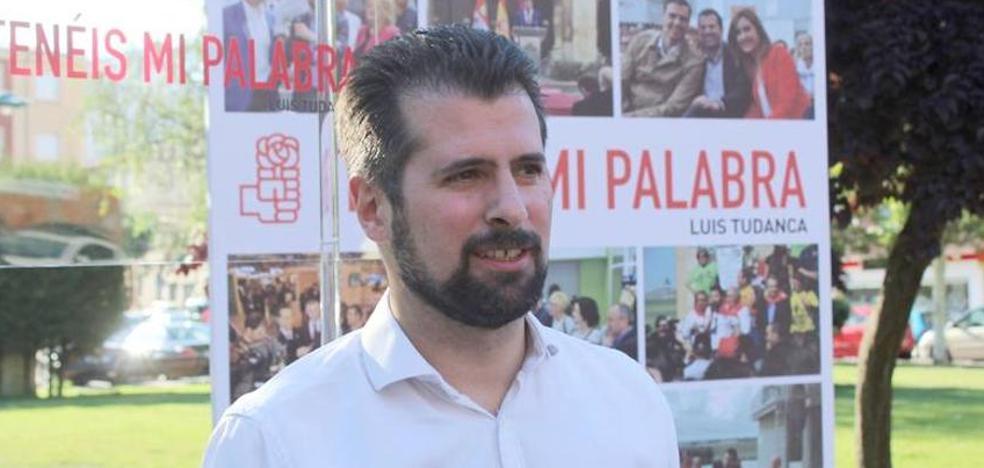 Tudanca traslada todo su apoyo y el de la ejecutiva a Javier Alfonso Cendón, ganador de las primarias en León