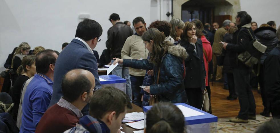 La votación de los cuatro candidatos abrió la apasionante jornada electoral