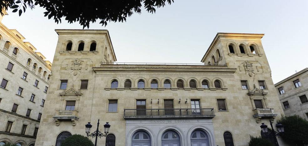 La Usal elimina los símbolos franquistas de dos de sus sedes