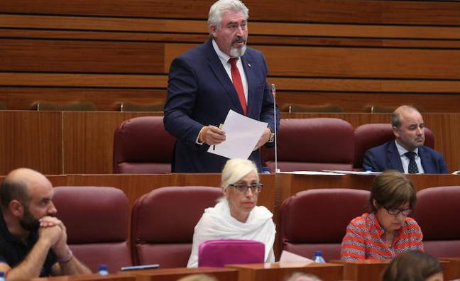 Ciudadanos pide a la Junta un informe sobre la peligrosidad del cruce de Peñafiel en Cuéllar