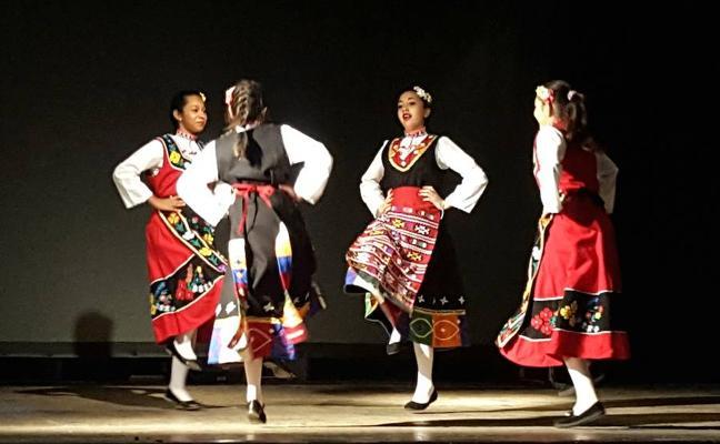 Una muestra de los talleres y de folclóre búlgaro cierran la Muces