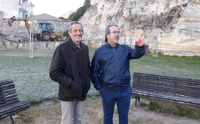 El derribo de dos edificios permite despejar un nuevo tramo de la muralla de Zamora