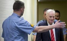 Ratko Mladic, condenado a cadena perpetua por genocidio, crímenes de guerra y de lesa humanidad