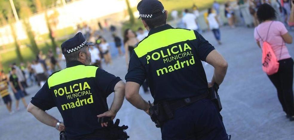 El Ayuntamiento de Madrid suspende a tres policías por los insultos a Carmena