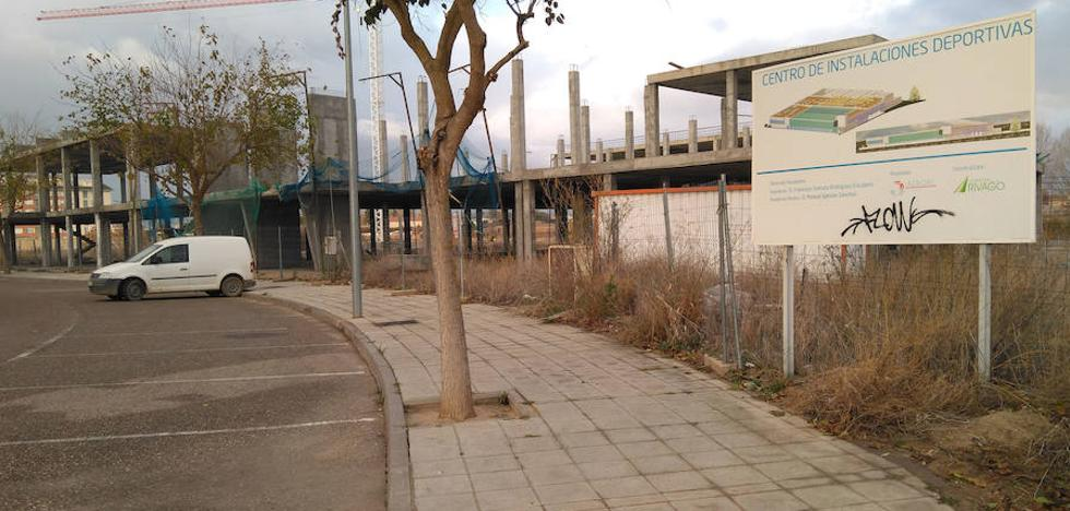 La Alcaldía llevará a pleno la recuperación de la parcela del centro deportivo de Benedictinas