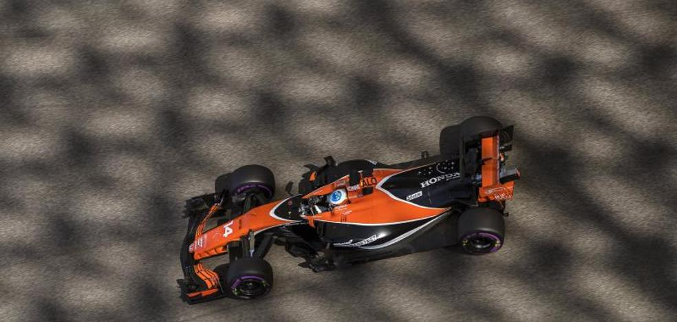 Hamilton, el más rápido en los libres; Alonso décimo