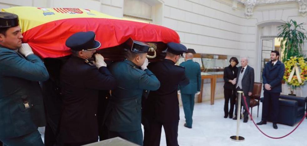 Detenido un tuitero en Barcelona por celebrar la muerte de Maza