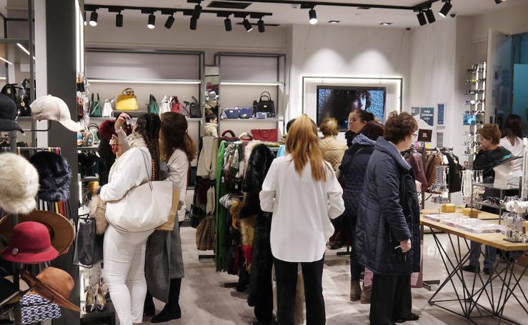 El Black Friday llena las tiendas en Salamanca