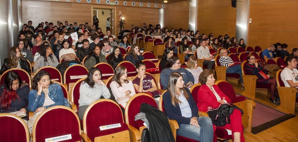 Más de 430 personas realizan cursos de formación 'on line' con Segoviactiva