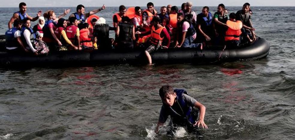 Un niño afgano de 10 años muere al intentar ser rescatado en Lesbos
