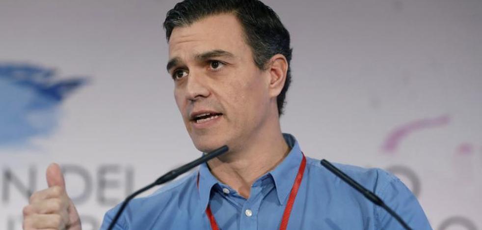 Sánchez exige a Rajoy que «cumpla» y «abra el candado» de la reforma constitucional