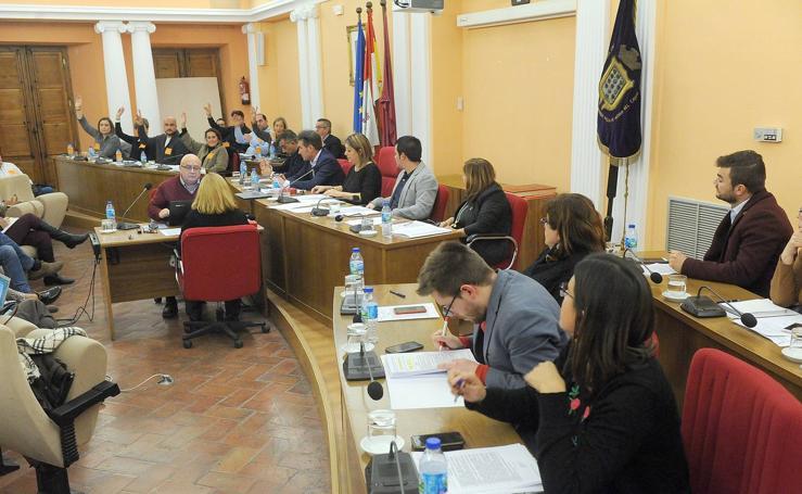 Pleno en el Ayuntamiento de Medina del Campo
