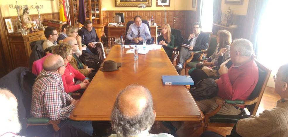 Un acuerdo para coordinar actividades culturales en Palencia