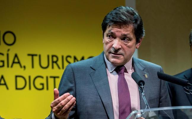 Javier Fernández: «El País Vasco no contribuye en la medida de lo necesario a la solidaridad»