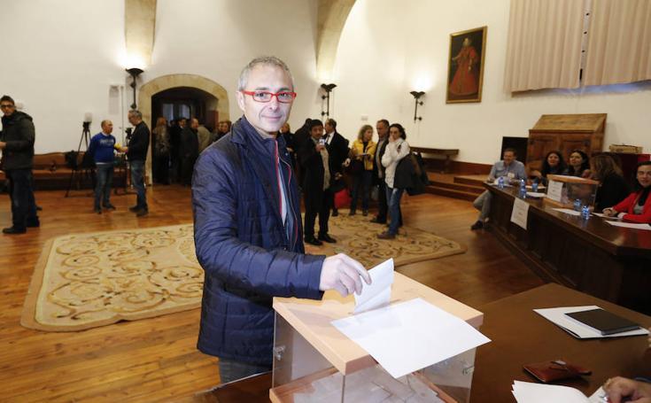 Votaciones en la Universidad de Salamanca para elegir al nuevo rector