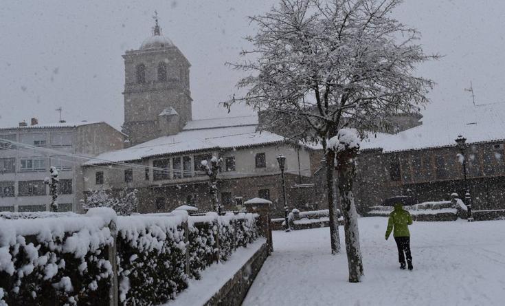 Primeras nieves en el norte de Palencia