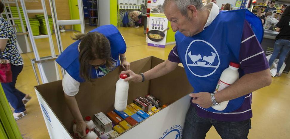 1.500 voluntarios participan en la Gran Recogida del Banco de Alimentos