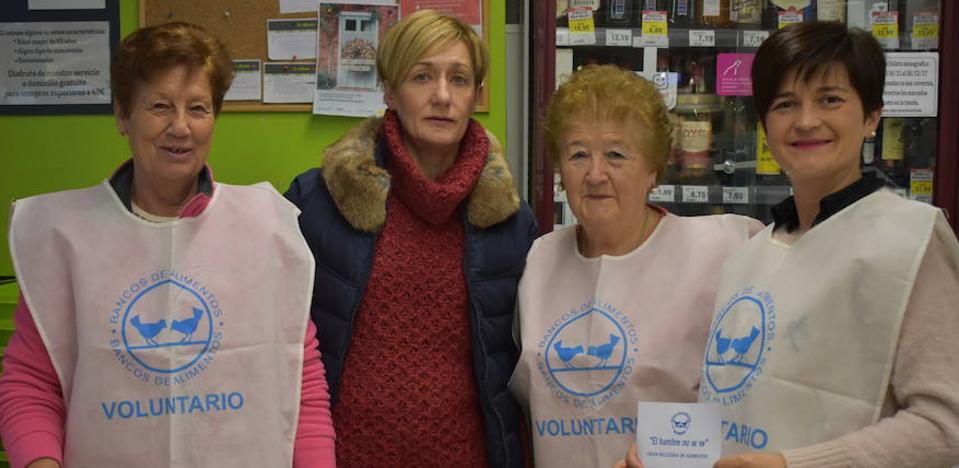 Una veintena de voluntarios al frente de la Recogida de Alimentos