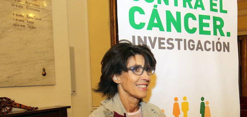 Ana Sanjosé critica la diferencia de criterios de Fernández Mañueco sobre radioterapia