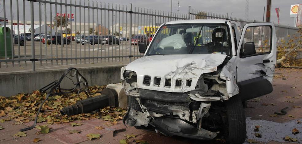 Un herido leve al colisionar dos vehículos en Laguna