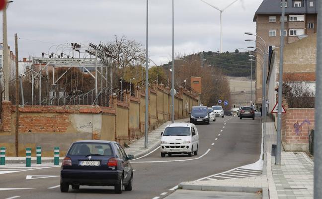 El Ayuntamiento abrirá dos carriles más al final del Paseo de la Julia