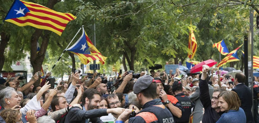 Baja la preocupación por Cataluña tras la aplicación del 155