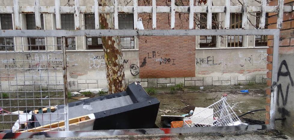 El antiguo colegio Santiago López se convertirá en un Centro Social para el 29 de Octubre