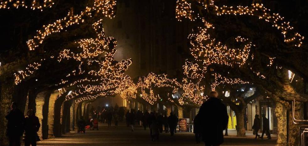 La Navidad ya luce en la ciudad
