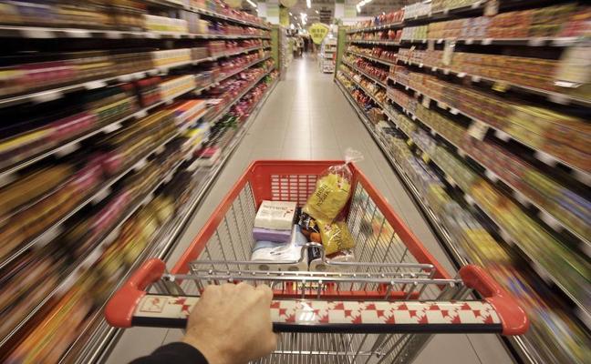 Intenta un 'sinpa' de más de 500 euros en un supermercado de Ponferrada