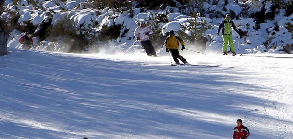 Ya es posible esquiar en Navacerrada y La Pinilla