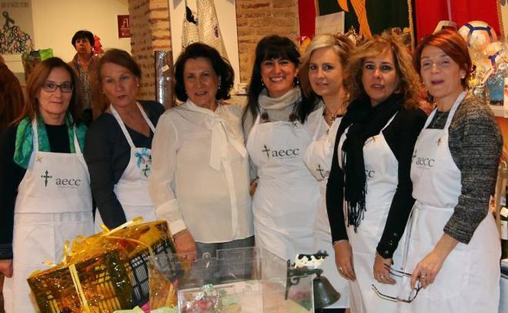 La Asociación Contra el Cáncer de Segovia inaugura su Rastillo Benéfico