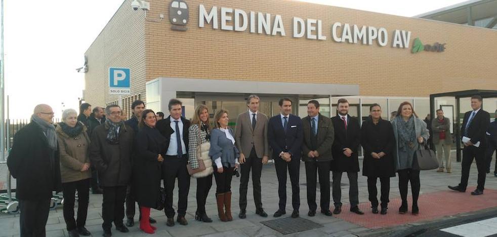 El Ministro de Fomento inaugura la estación de alta velocidad de Medina del Campo