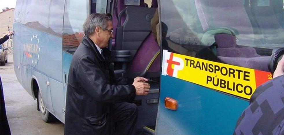 La Junta saca a concurso la gestión del transporte a la demanda por 618.000 euros