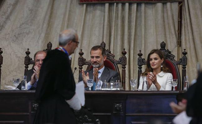 El rey preside la presentación del diccionario panhispánico del español jurídico el 15 de diciembre