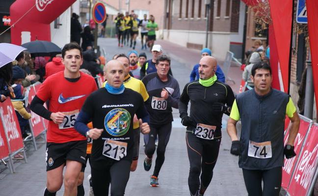 400 atletas participan en la IX carrera solidaria El Tejar de Boecillo