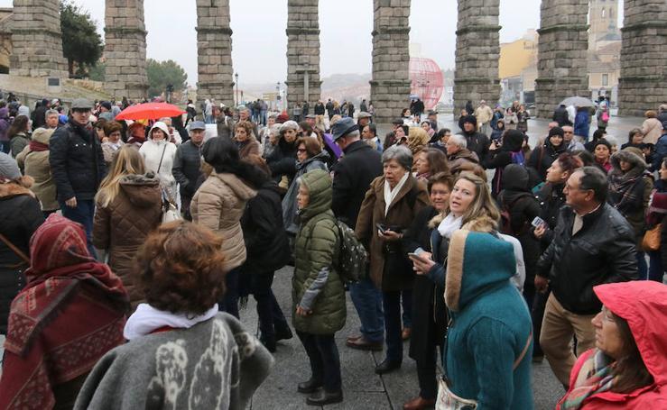 Los turistas escogen Segovia para pasar el puente de la Constitución