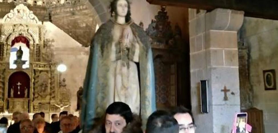 La Cofradía de la Inmaculada Concepción de Sequeros honra a su patrona