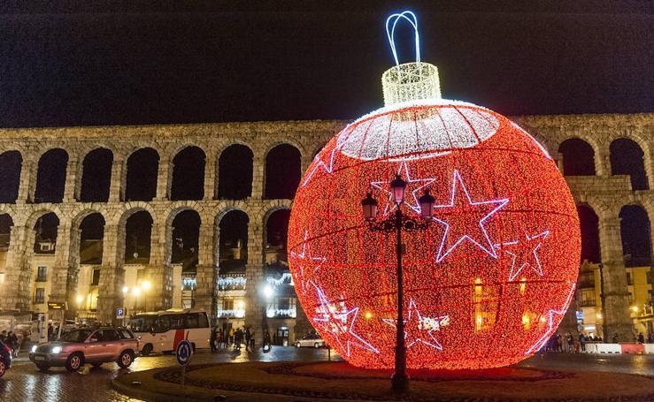 Encendido de la iluminación navideña de Segovia