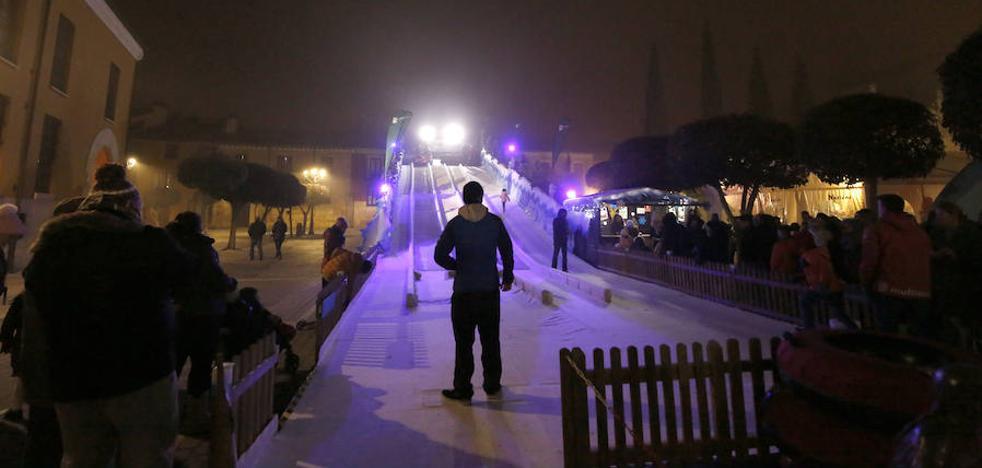 Los fuertes vientos obligan a cerrar el tobogán de hielo