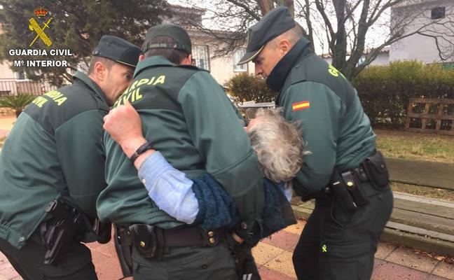 Localizan a un anciano desorientado y con hipotermia que desapareció de su residencia en Valdefresno